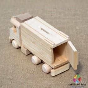 Camion din lemn natur
