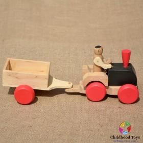 Tractor din lemn cu remorca