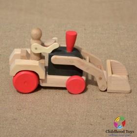 Tractor din lemn cu cupa