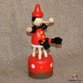 Jucarie lemn, figurina Pinochio cu buton
