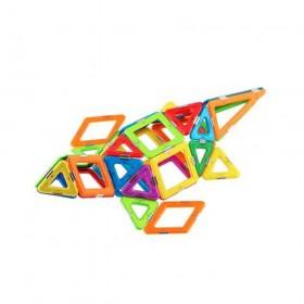 Set constructie 3D magnetic Magspace 64 Piese Pet Spirit 5.jpg