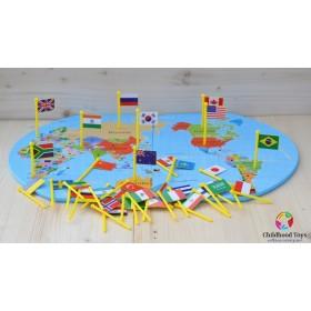 Harta Lumii din lemn