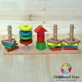 Jucarie motrica din lemn cu forme geometrice